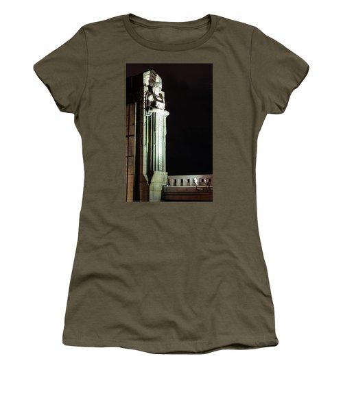 Standing Guard Women's T-Shirt