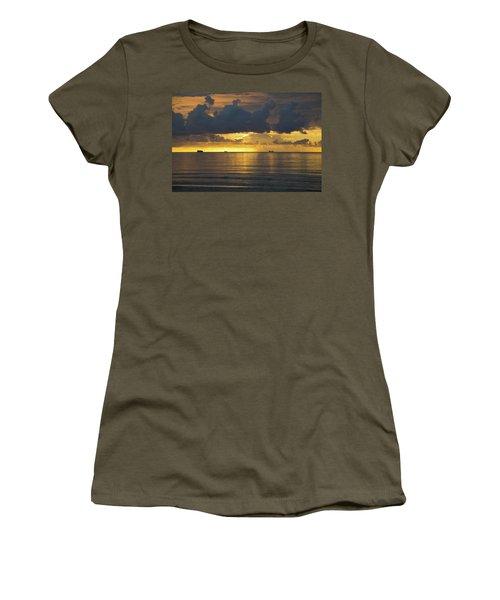 Sunrise Miami Beach Women's T-Shirt (Athletic Fit)
