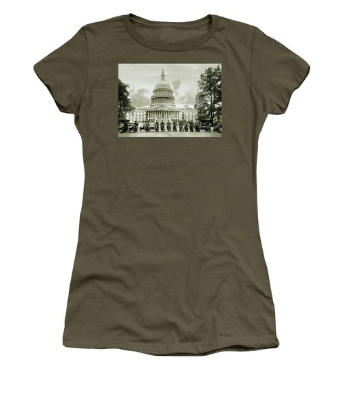 The Presidents Club Women's T-Shirt (Athletic Fit)