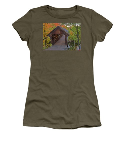 Welcoming Autumn Women's T-Shirt
