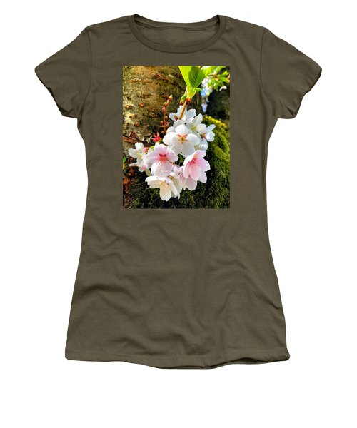 White Apple Blossom In Spring Women's T-Shirt (Athletic Fit)