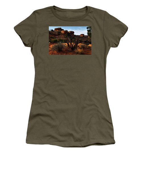 Canyonlands National Park Utah Women's T-Shirt (Athletic Fit)