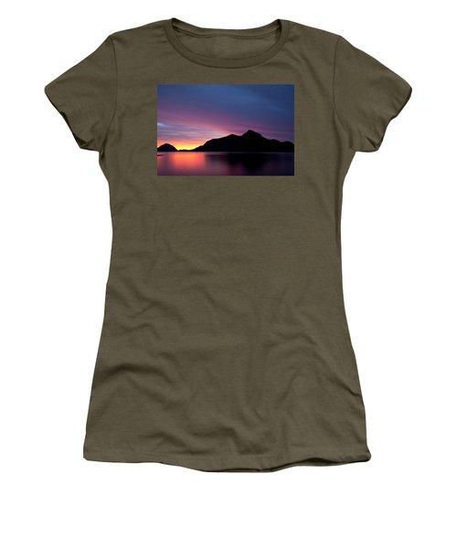 1.1.11  Women's T-Shirt