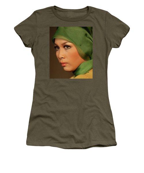 Portrait Women's T-Shirt (Athletic Fit)