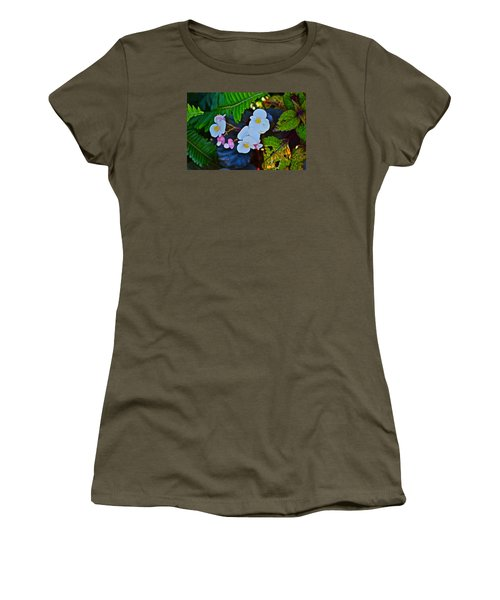 2015 Early September At The Garden Begonias Women's T-Shirt