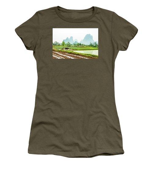 Karst Rural Scenery In Spring Women's T-Shirt