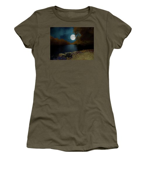 A Full Moon On A River. Women's T-Shirt (Athletic Fit)