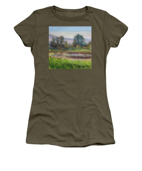 Afternoon At Sauvie Island Wildlife Viewpoint Women's T-Shirt