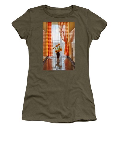 Amber View Women's T-Shirt
