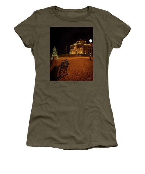 An Atascadero Christmas Women's T-Shirt (Athletic Fit)