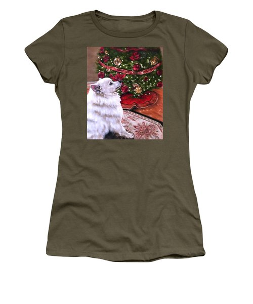 An Eskie Christmas Women's T-Shirt (Athletic Fit)