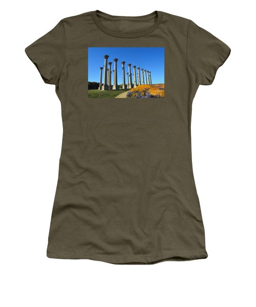 Ancient Corinthian Columns  Women's T-Shirt (Athletic Fit)