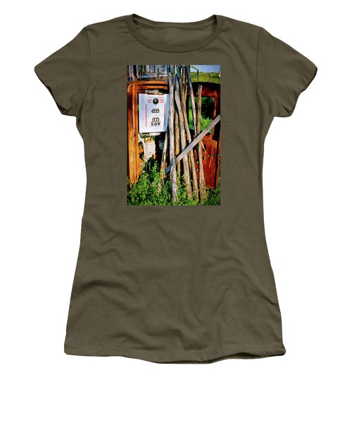 Women's T-Shirt (Junior Cut) featuring the photograph Antique Gas Pump by Linda Unger
