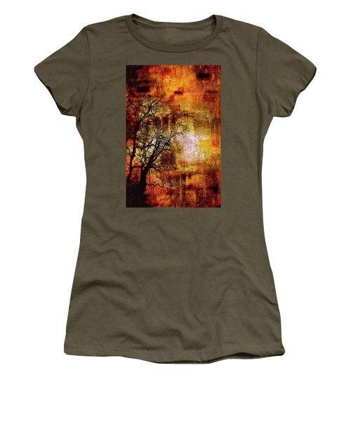 Apocalypse Now Series 5859 Women's T-Shirt