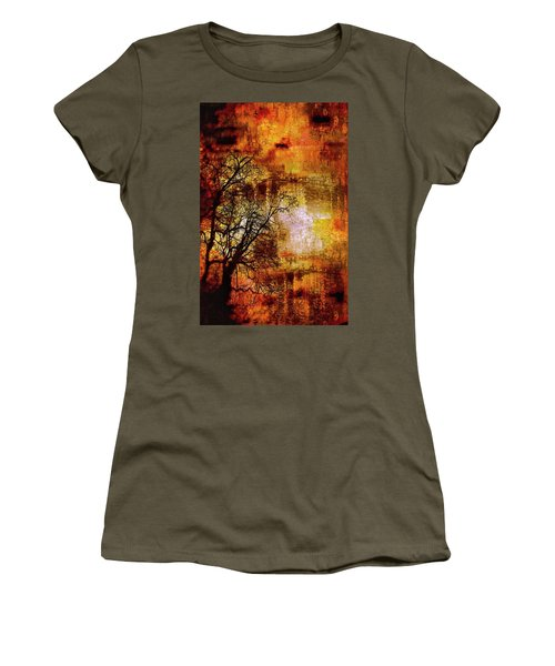 Apocalypse Now Series 5859 Women's T-Shirt