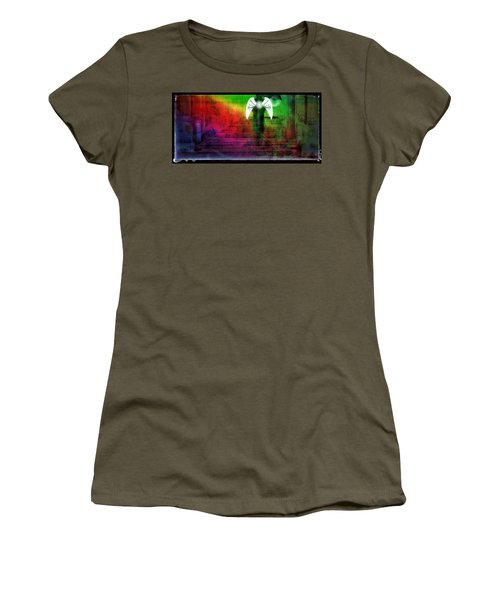 Arriving Women's T-Shirt