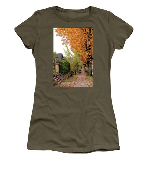 Autumn In The City Women's T-Shirt