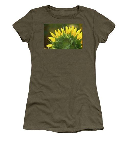 Backlit Beauty Women's T-Shirt (Athletic Fit)