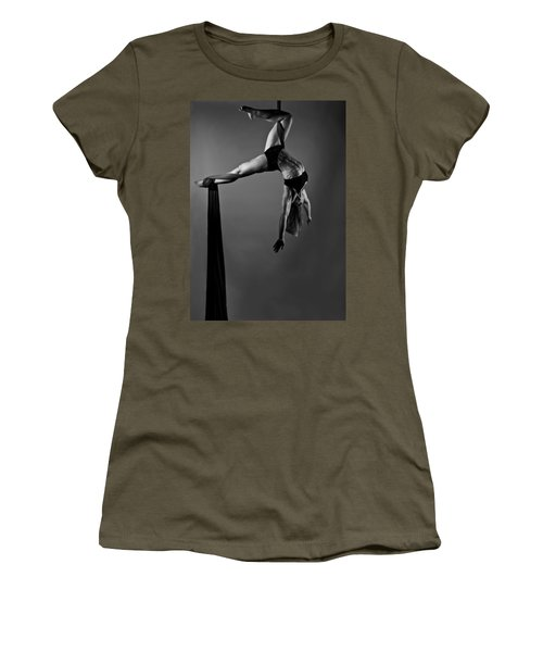 Balance Of Power 2012 Series Hooked Women's T-Shirt