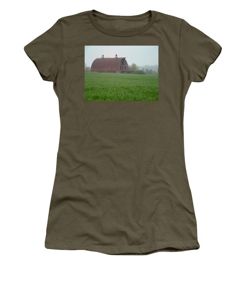 Barn In Summer Women's T-Shirt
