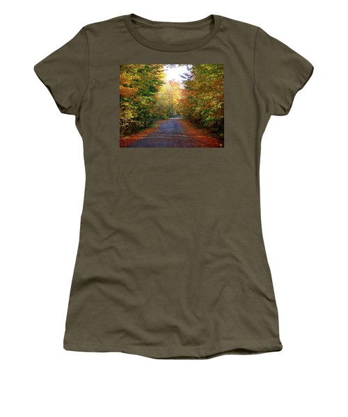 Barnes Road - Cropped Women's T-Shirt (Junior Cut)