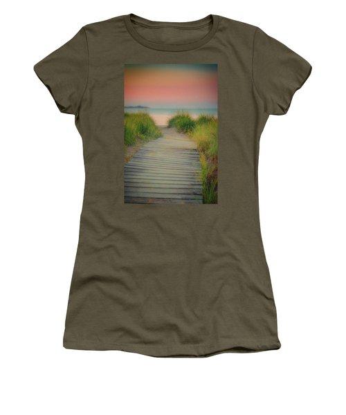 Beach Sunrise Women's T-Shirt