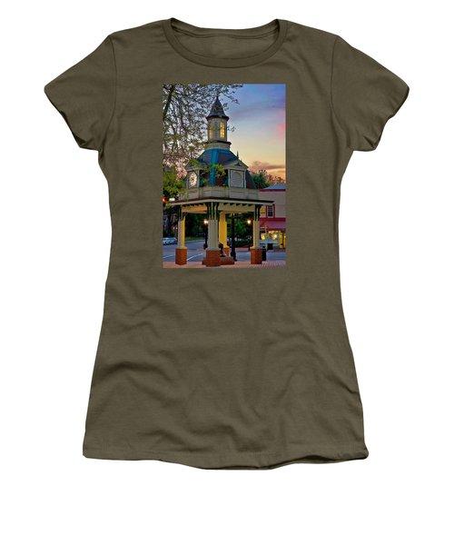 Beaver 3  Women's T-Shirt