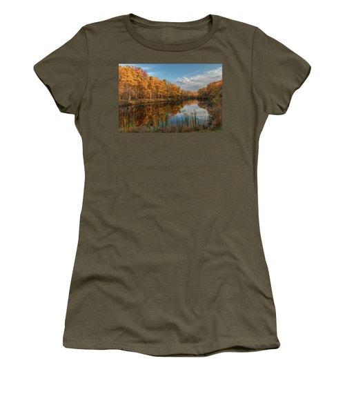 Beyer's Pond In Autumn Women's T-Shirt