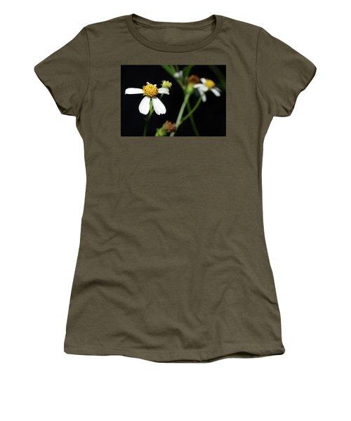 Women's T-Shirt (Junior Cut) featuring the photograph Bidens Alba by Richard Rizzo