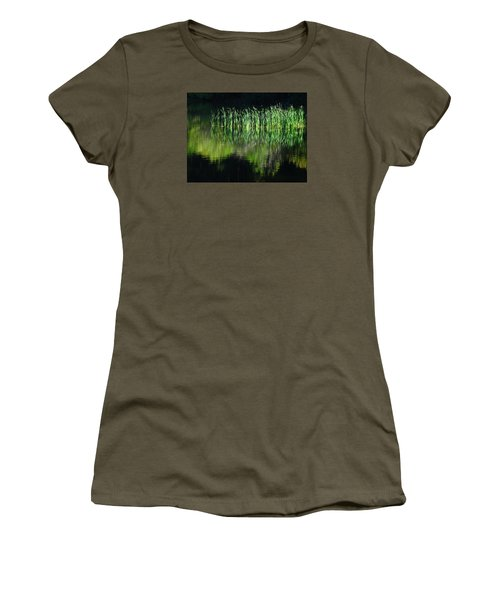 Black And Green Women's T-Shirt (Athletic Fit)
