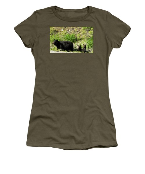 Black Bear Family Women's T-Shirt (Athletic Fit)