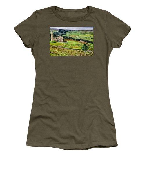 Blanchland Moor Pumphouse Women's T-Shirt