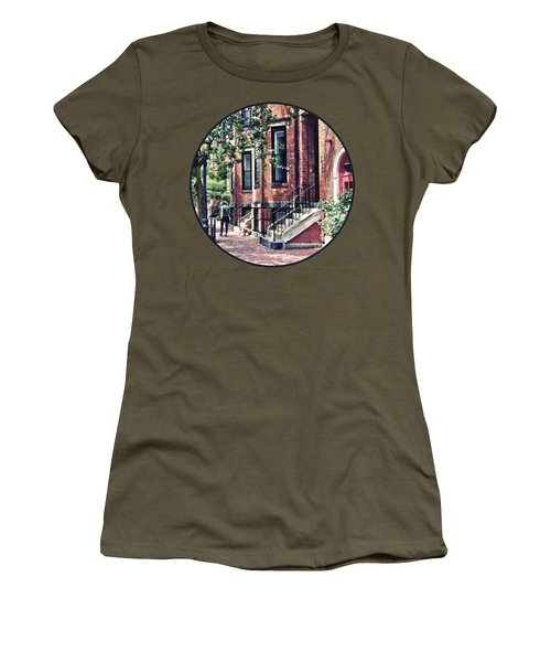 Boston Ma - Walking The Dog On Mount Vernon Street Women's T-Shirt