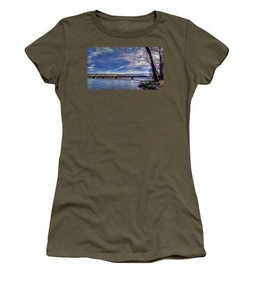 Bridge Over The Delaware River In Winter Women's T-Shirt