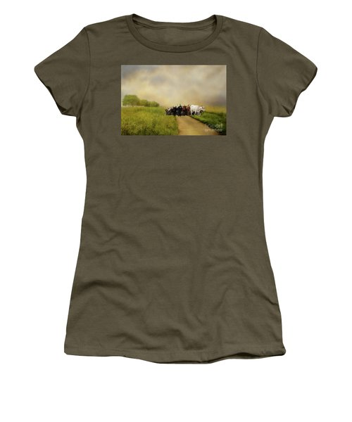 Bringing The Herd Home Women's T-Shirt (Athletic Fit)