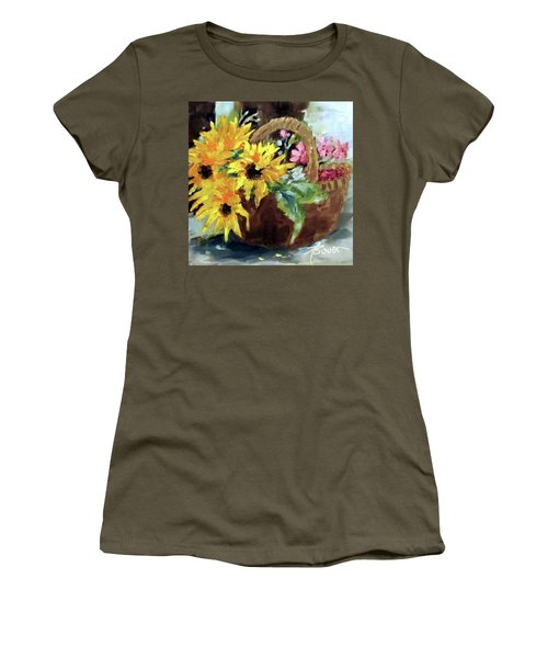 Bringing In The Sunshine  Women's T-Shirt
