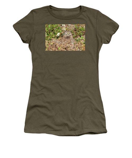 Burrowing Owl With Wide Eye Women's T-Shirt