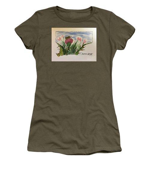Busy Bumblebee  Women's T-Shirt
