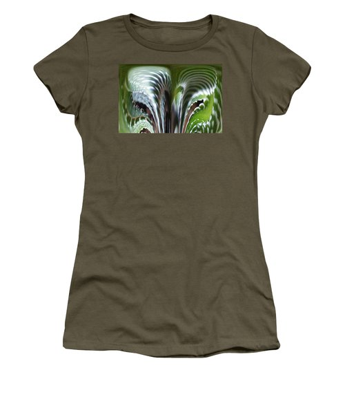 Cactus Predator Women's T-Shirt (Athletic Fit)