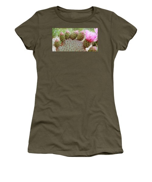 Cactus Toes Women's T-Shirt (Junior Cut)
