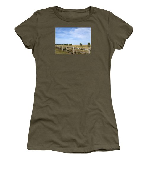 Calf Pasturepoint Women's T-Shirt