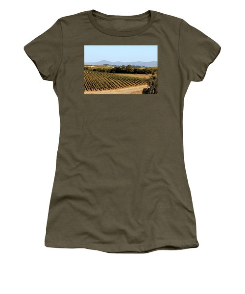 California Vineyards Women's T-Shirt (Athletic Fit)