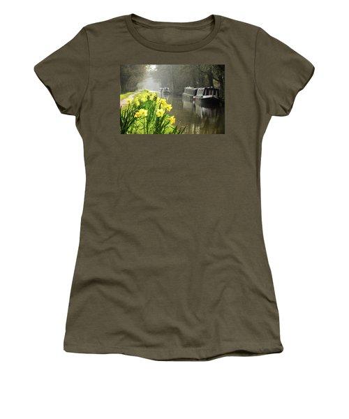 Canalside Daffodils Women's T-Shirt