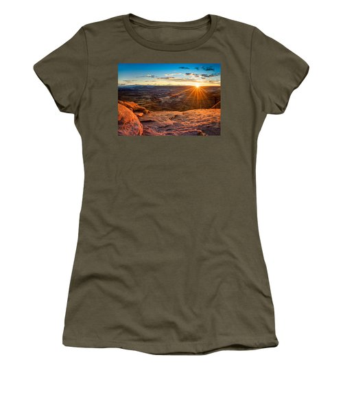 Canyonlands Sunset Women's T-Shirt (Athletic Fit)
