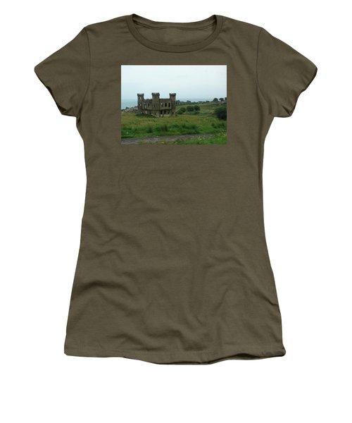 Castle Catania Sicily Women's T-Shirt (Athletic Fit)