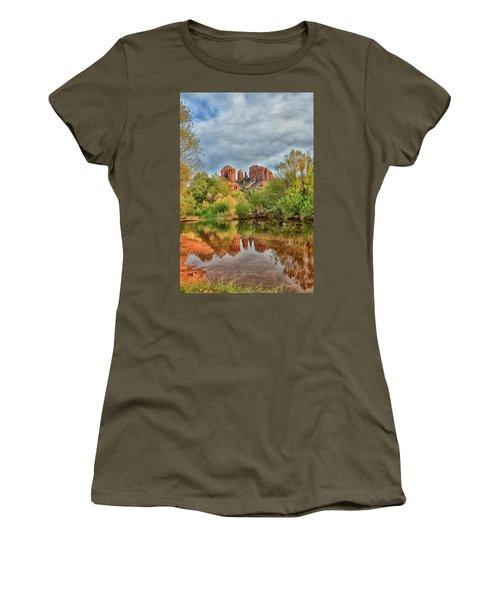 Cathedral Entrances Us Women's T-Shirt (Athletic Fit)