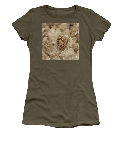 Cedar Rose Square - 3347 Women's T-Shirt