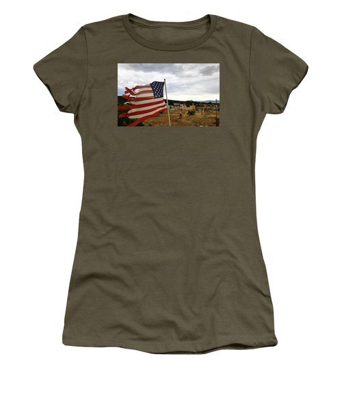 Cerro, New Mexico Women's T-Shirt