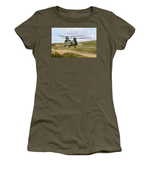Ch47 Chinook In The Dust Bowl Women's T-Shirt (Athletic Fit)
