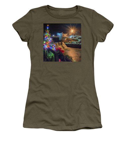 Chagrin Falls At Christmas Women's T-Shirt